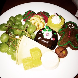 since we were there at christmas time our desserts had an adorable holiday theme as you can see below